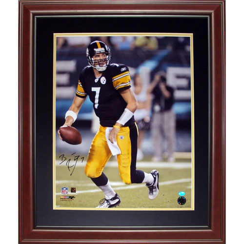 Ben Roethlisberger Autographed Pittsburgh Steelers (Ball at Side) Deluxe  Framed 16×20 Photo 60ae6bbca