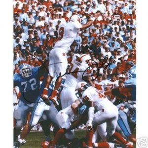 Terrance Holt Autographed North Carolina NC State Wolfpack (Blocking FG) 8x10 Photo