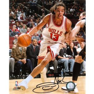 Joakim Noah Autographed Chicago Bulls (Action) 8x10 Photo