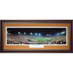 University of Texas Longhorns (2005 National Champs) Deluxe Framed Panoramic Photo