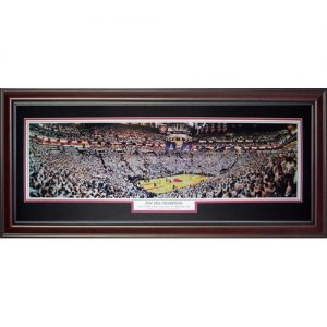 Miami Heat (2006 NBA Champions) Deluxe Framed Panoramic Photo