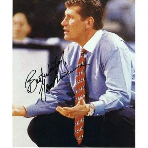 Geno Auriemma Autographed Connecticut Huskies 8x10 Photo