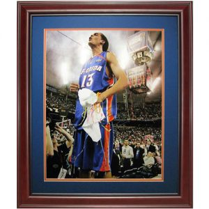 Joakim Noah Autographed Florida Gators (06 Final Four on Table) Deluxe Framed 16x20 Photo