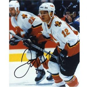 Jarome Iginla Autographed Calgary Flames (White Jersey) 8x10 Photo