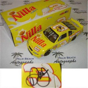 Dale Earnhardt Jr. Autographed Nilla Wafers #3 (Action) 1/24 Diecast Car