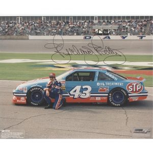 Richard Petty Autographed 8x10 Photo