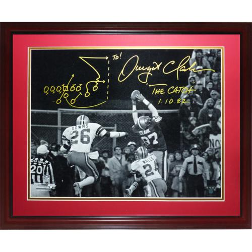 Dwight Clark Autographed San Francisco 49ers (The Catch BW) Deluxe Framed 16x20 Photo with The Catch Drawn Play