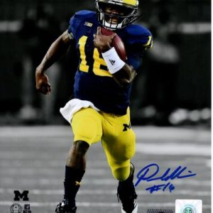 Denard Robinson Autographed Michigan Wolverines (Spotlight) 8x10 Photo