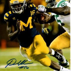 Denard Robinson Autographed Michigan Wolverines (Under The Lights vs ND) 8x10 Photo