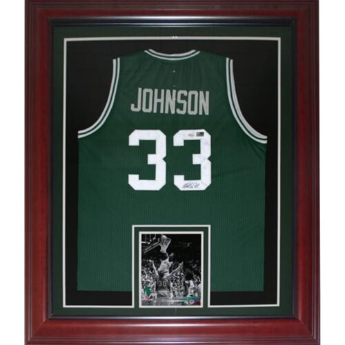 Magic Johnson Autographed Michigan State Spartans (Green #33) Deluxe Framed Jersey – PSA
