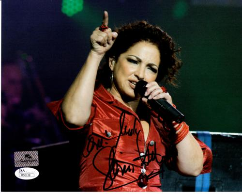 Gloria Estefan Autographed Music 8x10 Photo - JSA
