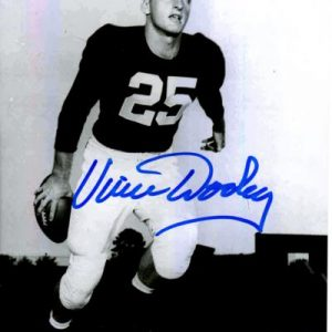 Vince Dooley Autographed Auburn Tigers (BW Playing) 8x10 Photo
