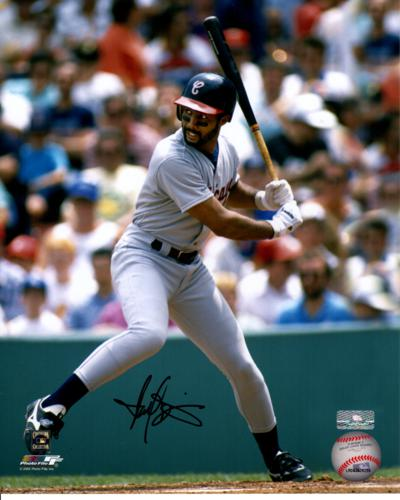 Harold Baines Autographed Chicago White Sox 8x10 Photo