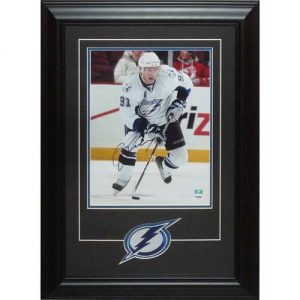 Steven Stamkos Autographed Tampa Bay Lightning Deluxe Framed 11x14 Photo w/Patch - JSA