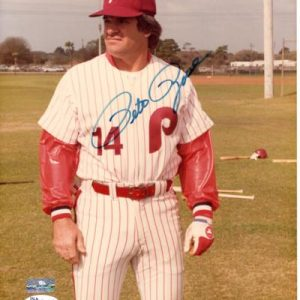 Pete Rose Autographed Philadelphia Phillies 8x10 Photo - JSA