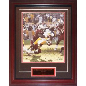 Jadaveon Clowney Autographed South Carolina Gamecocks (Hit vs Mich) Deluxe Framed 11x14 Photo w/ Nameplate