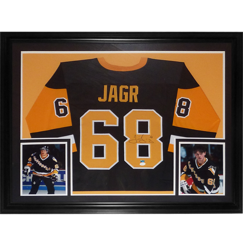 official photos a457d eb7df Jaromir Jagr Autographed Pittsburgh Penguins (Black #68) Deluxe Framed  Jersey - TSE